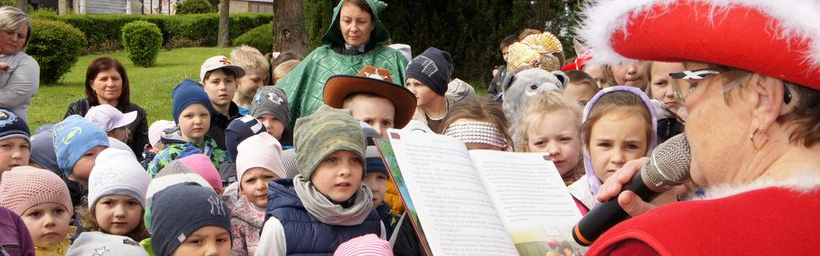 Akcja Czytajmy Razem w ramach XIV edycji Ogólnopolskiego Tygodnia Bibliotek